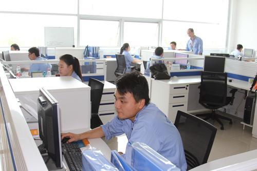 上海飞机制造有限公司-群众路线
